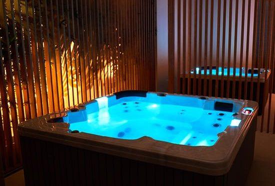 De historie van Silverspas massagebaden